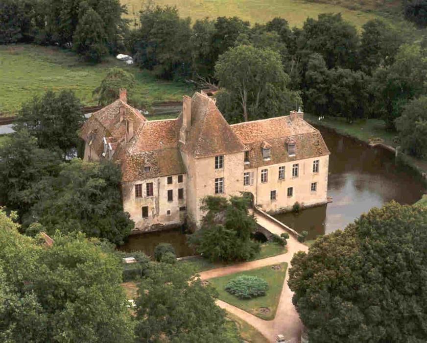 Chateau-Lantilly