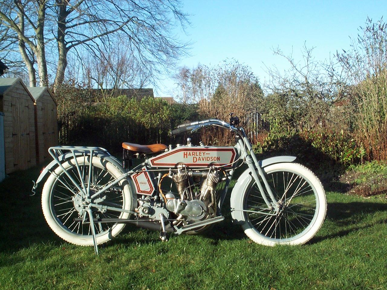 Harley Davidson 11F 1000cc 1915 ( UK ) Skilton Georges